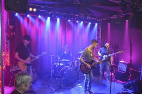 Dennis Adamus Band & Danny Bee @Marias Ballroom (28.03.2018)